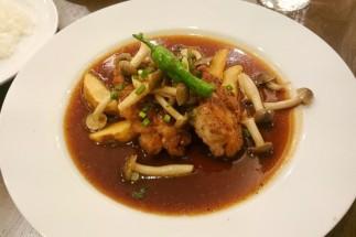洋食亭ブラームス(調布ランチ)- 大山鶏のソテー和風ソース